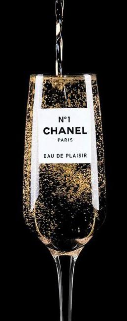 Chanel lujo cliente marketing inteligencia emocional Moda Lujo Bolsos Marketing Clientes Fidelización Marcas Luxury Fashion Lifestyle Estilo de vida Agencia Comunicacion